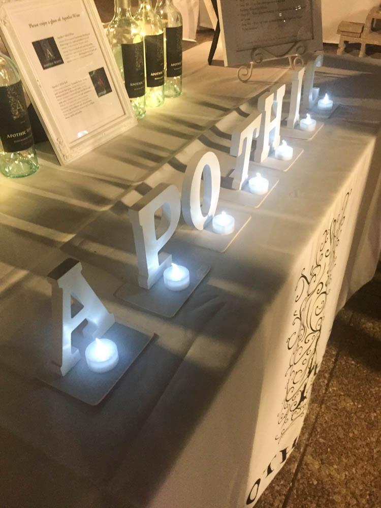 Photobooth sponsored by Apothic Wine | Dîner En Blanc Dallas 2016